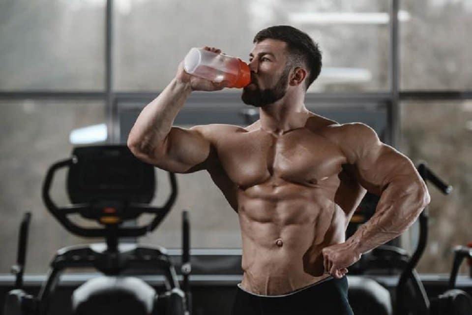 ما هي فوائد جلوتامين لبناء العضلات؟