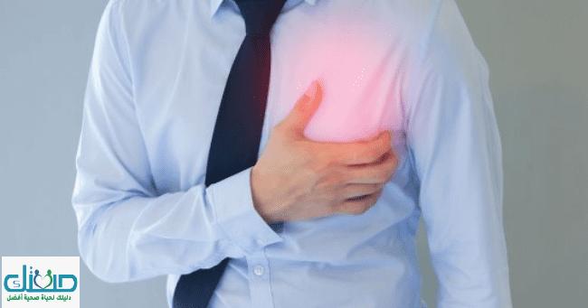 نغزات في الثدي الايسر أسبابها وطرق التشخيص والعلاج